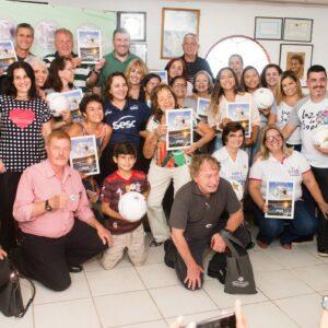 Zico doa renda do Jogo das Estrelas à ONG Luz de Sophia